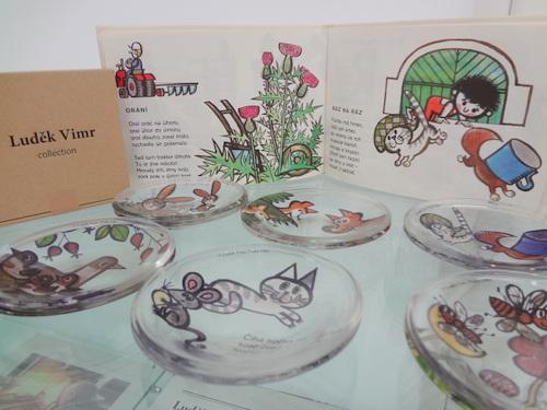 チェコの絵本作家ルヂェク・ヴィムルのガラスプレート2 枚セットの会